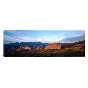 'Garden of the Gods, Colorado Springs, Colorado' Photographic Print on Canvas by East Urban Home