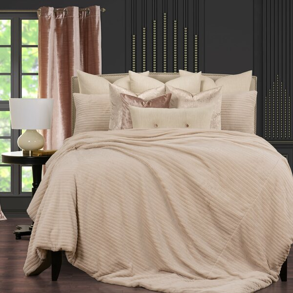 Arm in Arm Faux Fur Supreme Duvet Cover and Insert Set
