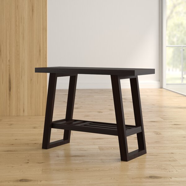 Review Zain Console Table