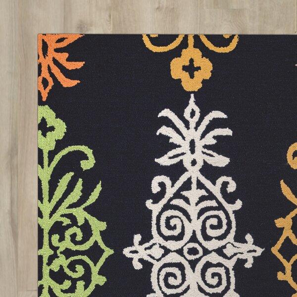 Evangeline Fade Resistant Hand-Tufted Indoor/Outdoor Area Rug by Ebern Designs
