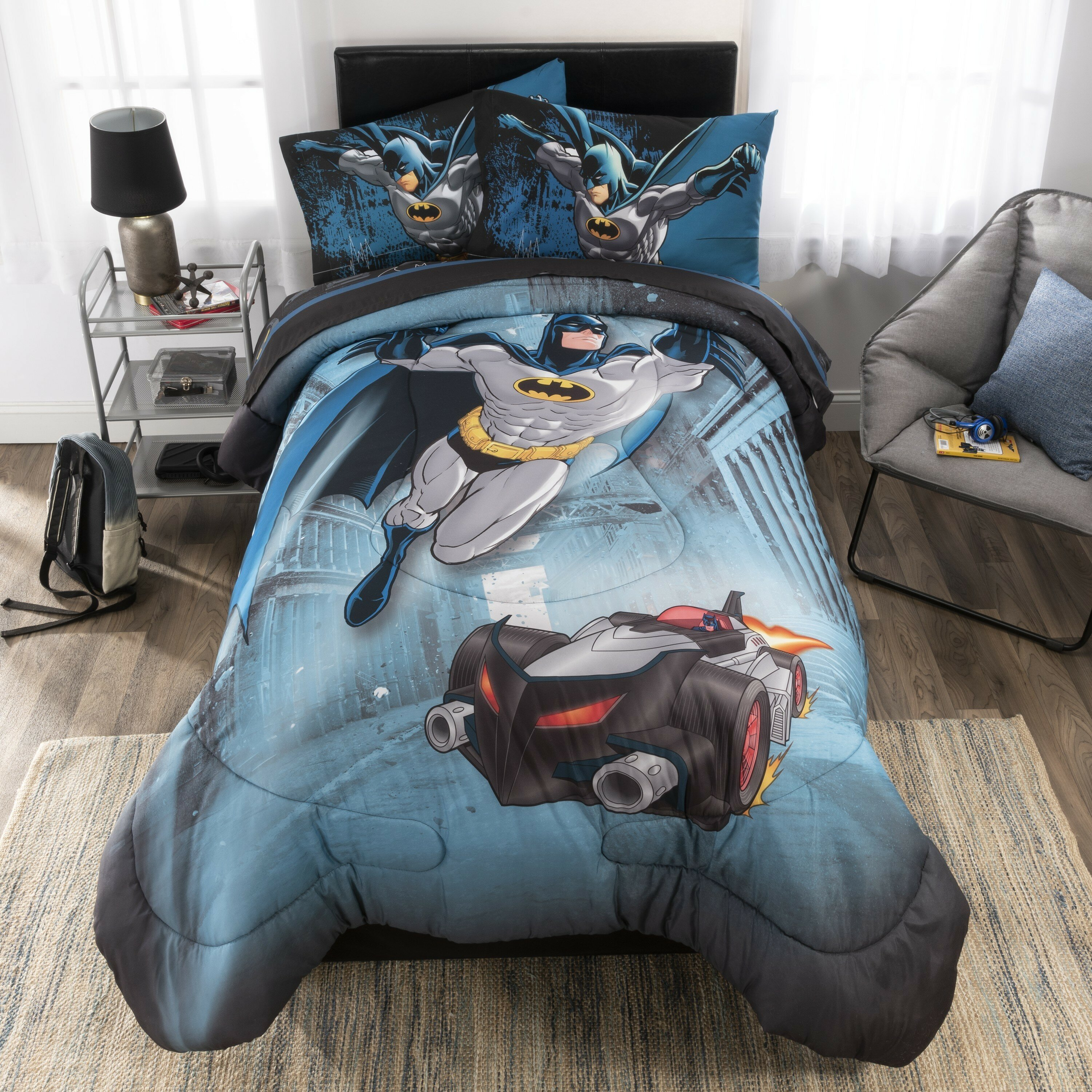Licensed DC Superman Universe 4 Piece Reversible Soft Full Size Comforter Set