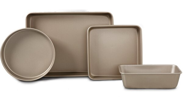 4-Piece Bakeware Set by Oster