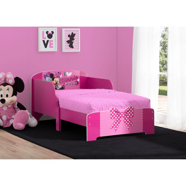Disney Minnie Wood Toddler Platform Bed by Delta Children