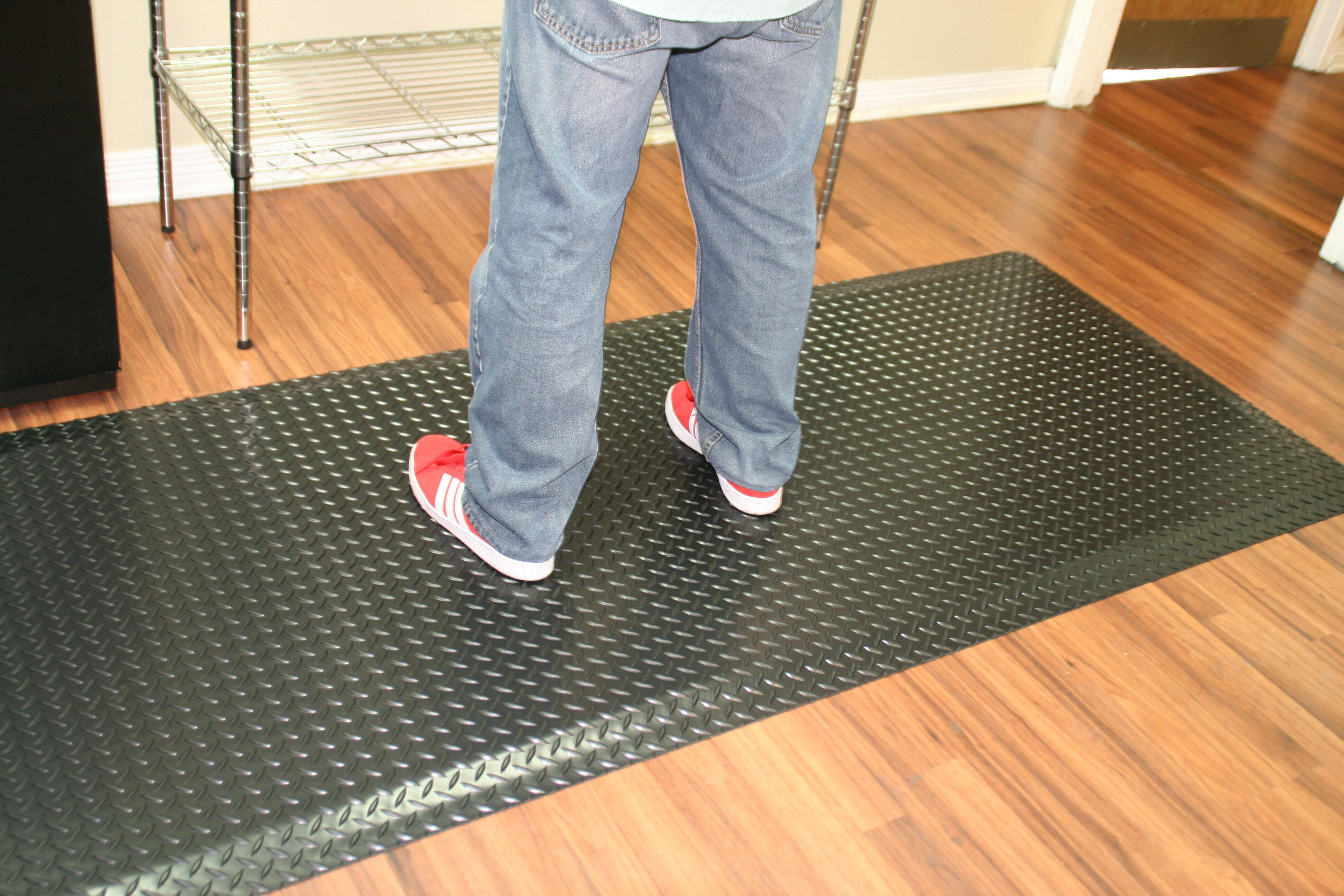 Symple Stuff Diamond Plate Anti Fatigue Garage Flooring Roll In