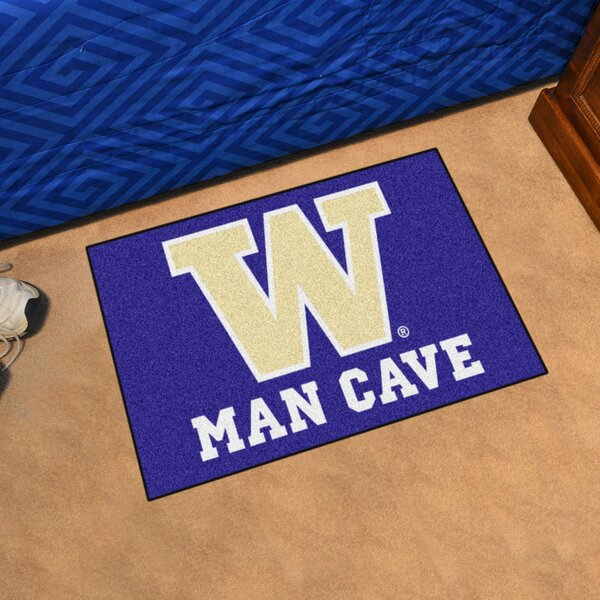 University of Washington Doormat by FANMATS