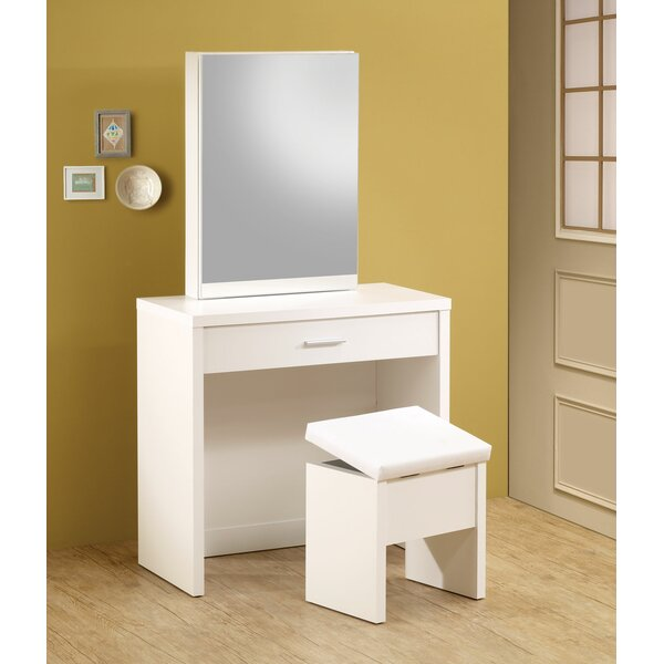 Heitz Vanity Set with Mirror by Wade Logan