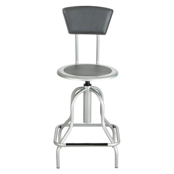 Safco Entourage Shop stool