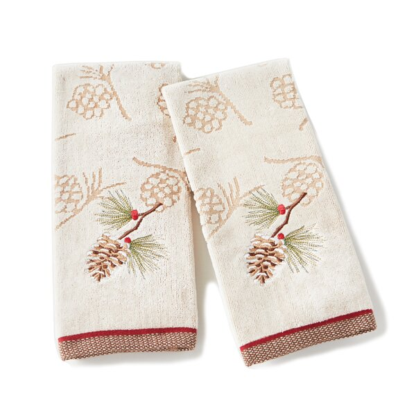 Britt Pinecone Cotton Hand Towel (Set of 2) by The Holiday Aisle