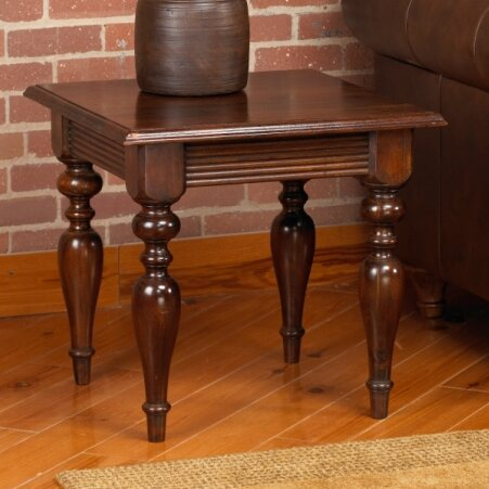 Jada End Table by Alcott Hill