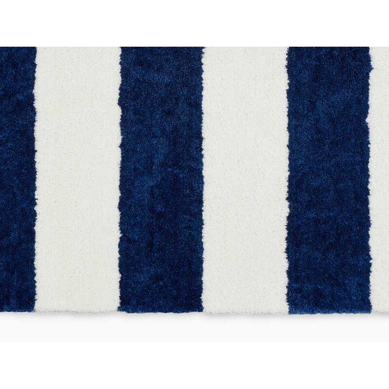 Handmade Shag White Navy Blue Area Rug
