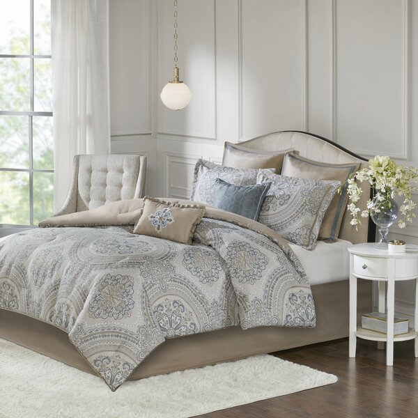 Ozan Comforter Set by Bungalow Rose