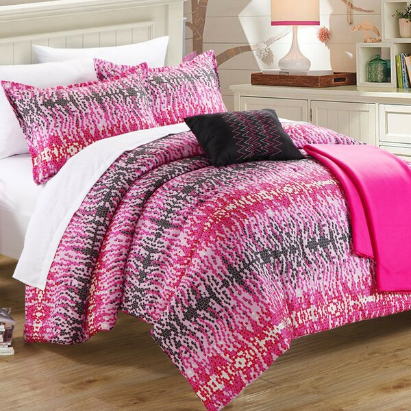 Waves 4 Piece Twin Comforter Set by Chic Home