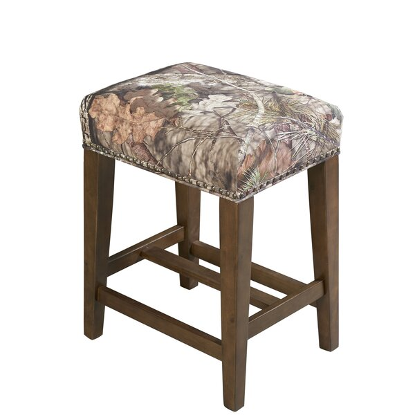 Bloomer 24.5 Bar Stool by Loon Peak