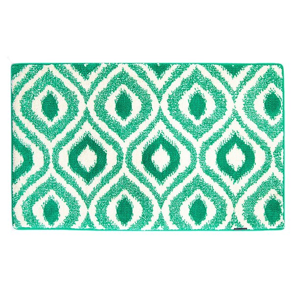 Emerald/White Ikat Memory Foam Bath Rug by Fabbrica Home