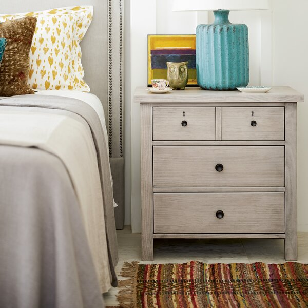 Reichel 3 Drawer Nightstand by Gracie Oaks