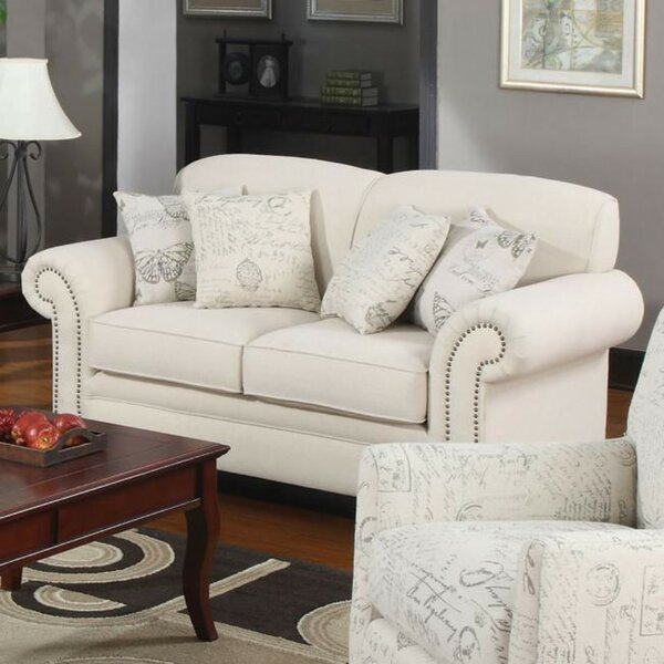 Cullompt Traditional Loveseat by House of Hampton