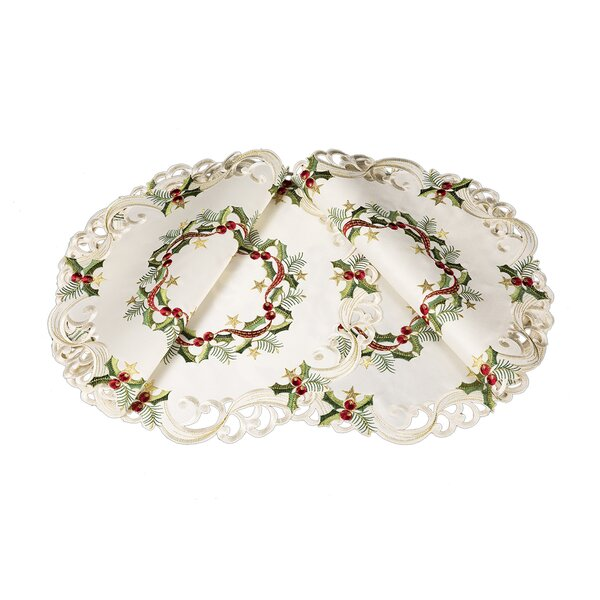 Gala Ribbon Wreath Embroidered Cutwork Christmas Round Placemat (Set of 4) by Darby Home Co