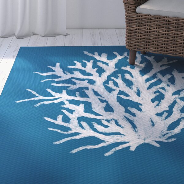 Fairhill Geometric Print Blue Indoor/Outdoor Area Rug by Beachcrest Home