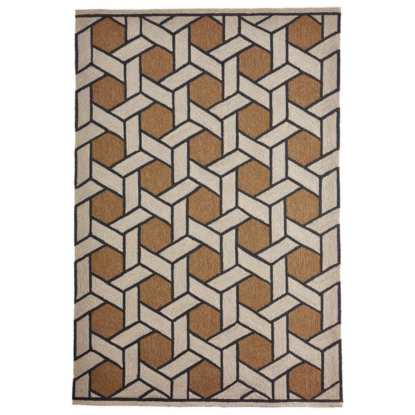 Enoch Basket Hand-Woven Camel/Light Gray Indoor/Outdoor Area Rug by Breakwater Bay