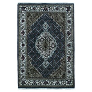 Wallace Way Hand-Woven Wool Blue Area Rug