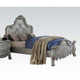 Villenova Standard Bed by Astoria Grand