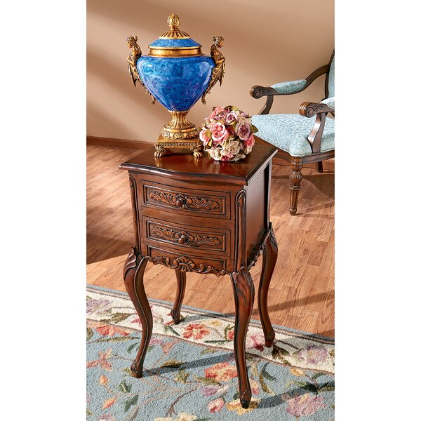 Saint-Lazare Louis XV End Table by Design Toscano