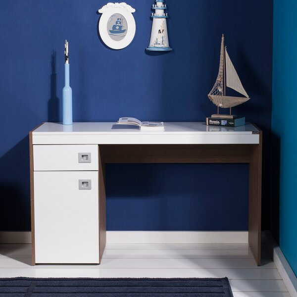 Hinderliter Desk by Winston Porter