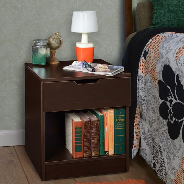 Review Magaw 1 Drawer Nightstand