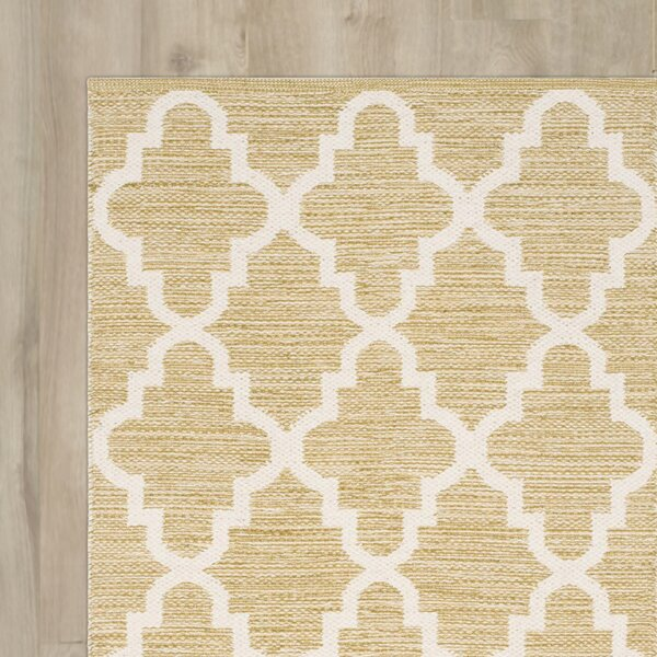 Shevchenko Place Hand-Woven Green / Ivory Area Rug by Wrought Studio