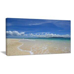Gorgeous Beach in Summertime Photographic Print on Wrapped Canvas by Design Art