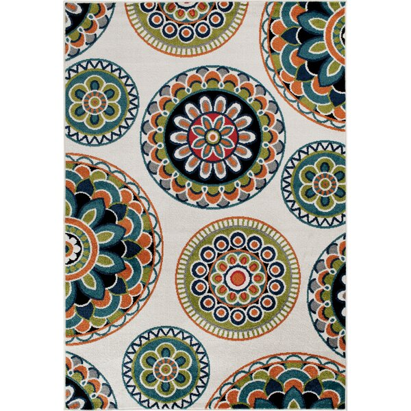 Bethea Green Area Rug by Bungalow Rose