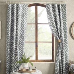 Curtains D