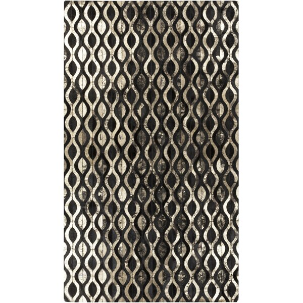 Clore Black/Gold Geometric Rug by Mercury Row