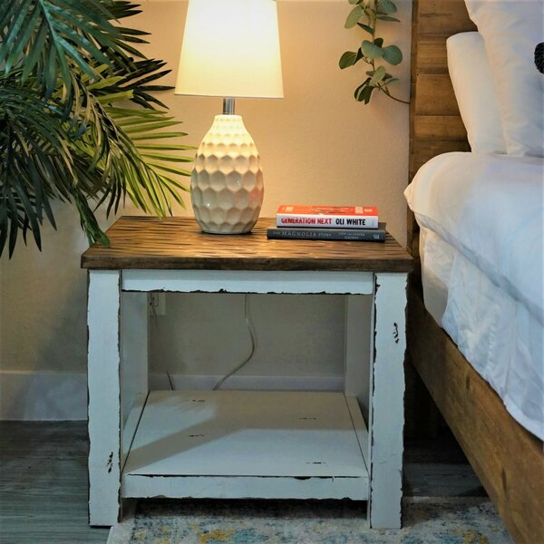 Wang End Table By Rosecliff Heights