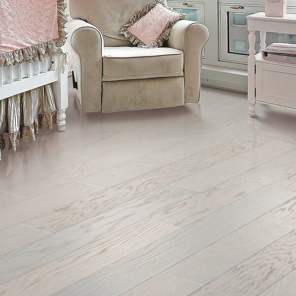 American Loft 5 Engineered Oak Hardwood Flooring in Glacier by Mohawk Flooring