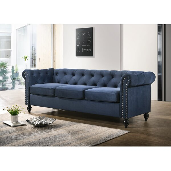 Navin Chesterfield Sofa by Alcott Hill