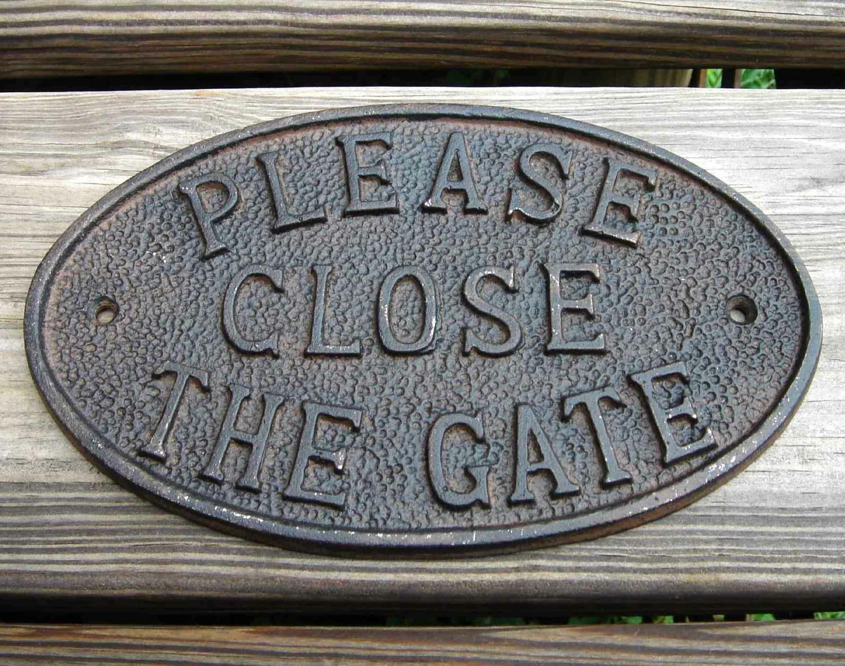 Please Close the Gate Cast Iron Sign Plaque Wall Fence Gate Post Garden Home