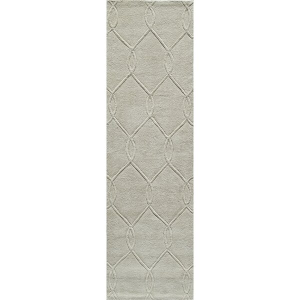 Bassett Hand-Tufted Ivory Area Rug by Breakwater Bay