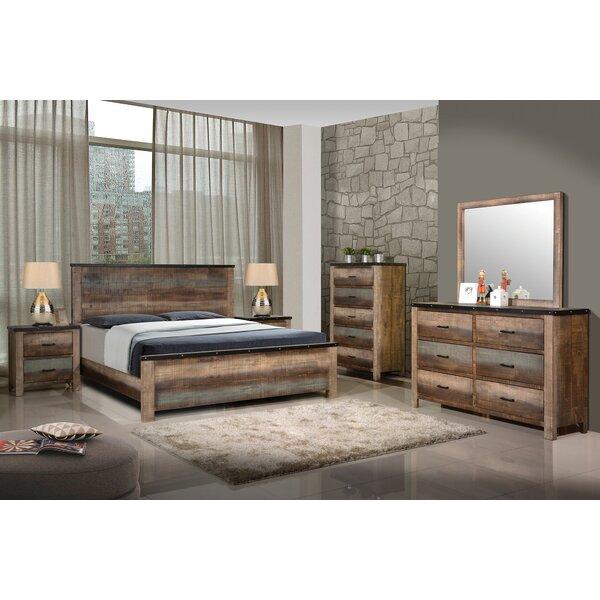 Reidy Standard Bed by Loon Peak Loon Peak