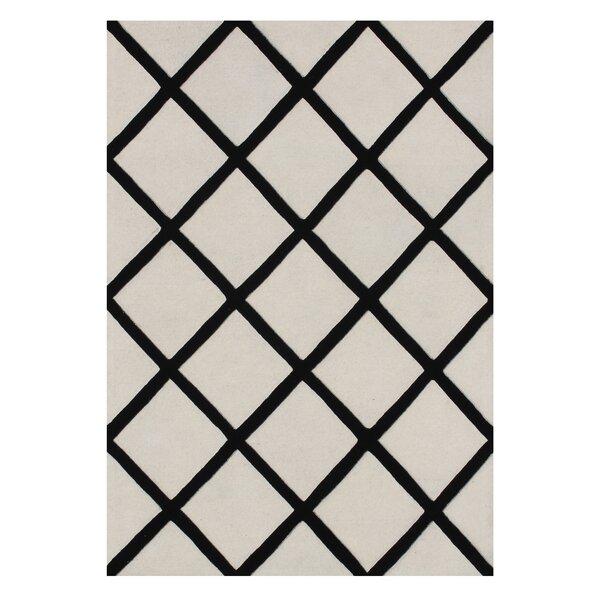 Kucera Hand-Tufted Wool Beige/Black Area Rug by Alcott Hill