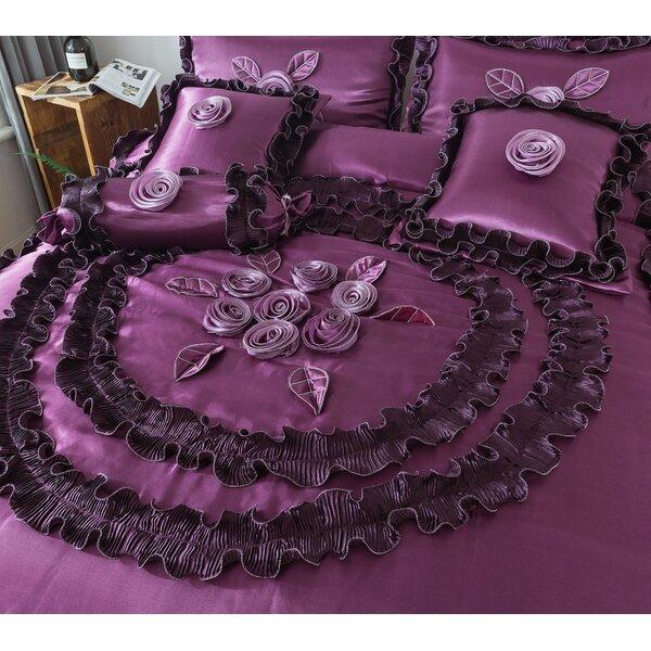 Manervia Comforter Set