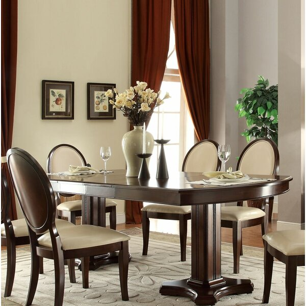 Yearwood Dining Table by Alcott Hill