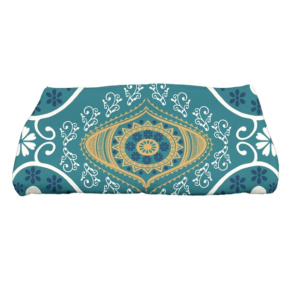 Soluri Illuminate Geometric Print Bath Towel by Bungalow Rose