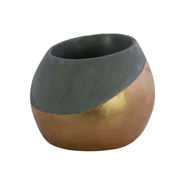 Stephaine Cement Pot Planter by Ivy Bronx