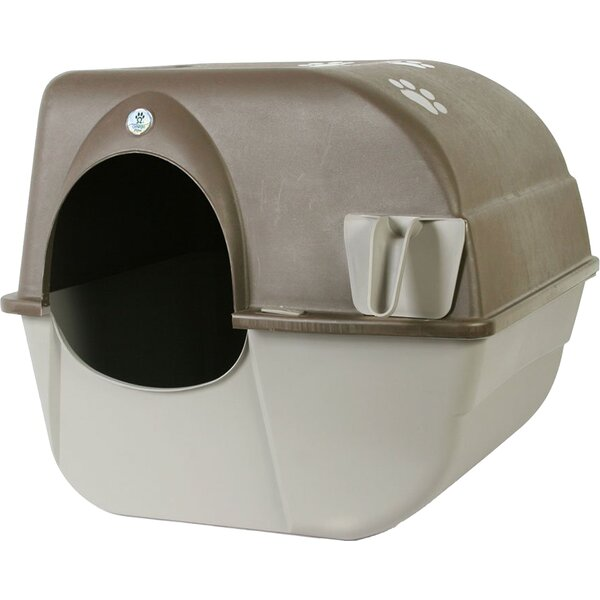 Self Cleaning Litter Box by Omega Paw