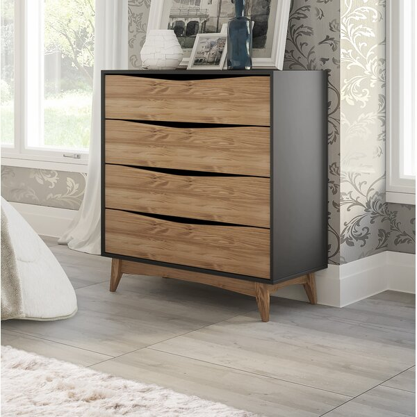 Taulbee 4 Drawer Dresser by Union Rustic