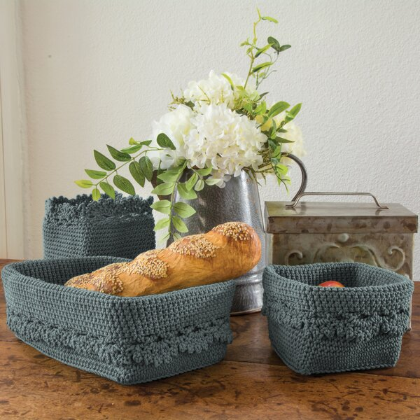 Mode Crochet Trim Plastic Basket by Heritage Lace