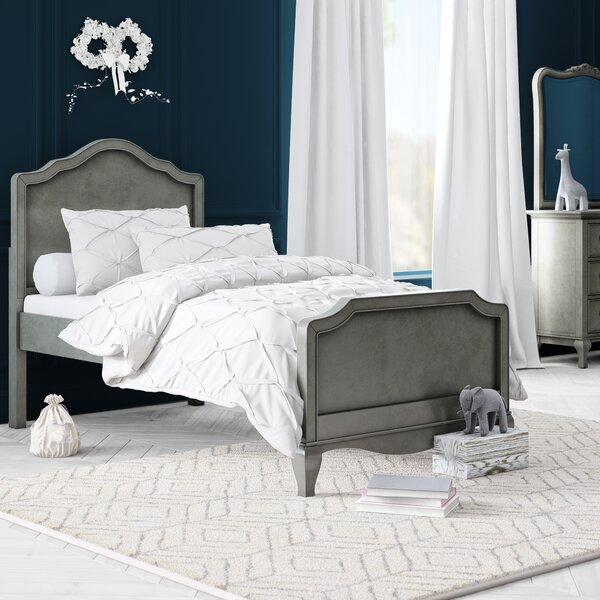 Troutdale Platform Bed by Greyleigh