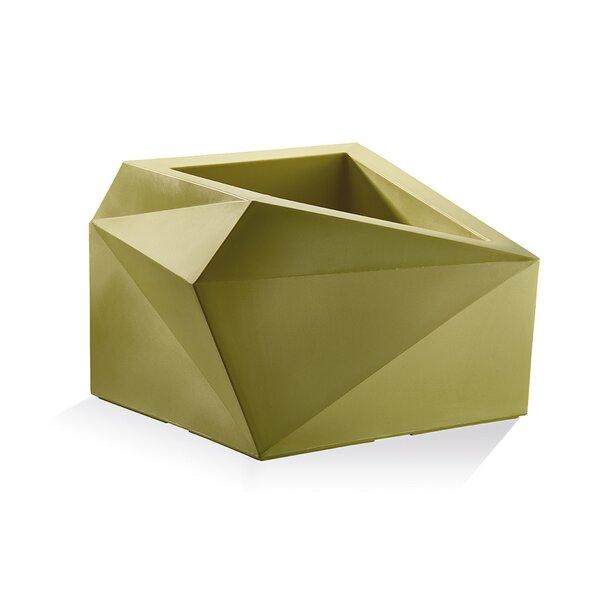 Origami Plastic Pot Planter by Crescent Garden