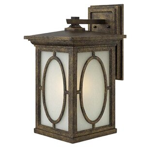 Bargain Randolph Outdoor Wall Lantern By Hinkley Lighting